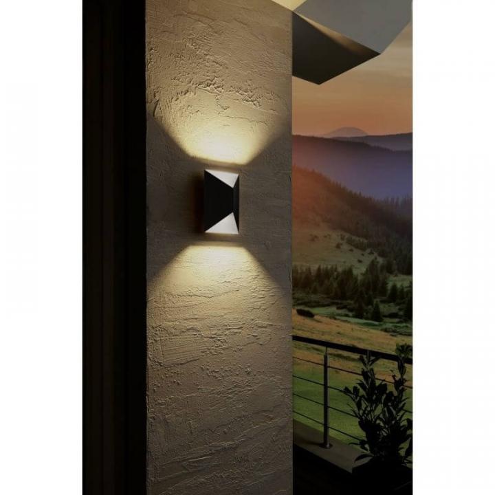 Настінний вуличний світильник Eglo PREDAZZO 93994